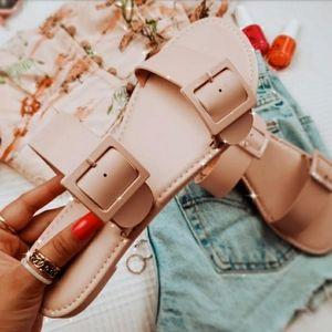 La Playa// double buckle Pink sandal